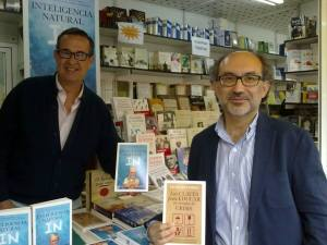 Allí conocía a Felipe Díaz Pardo, autor de Claves para educar en tiempos de crisis (Toromítico, 2013)